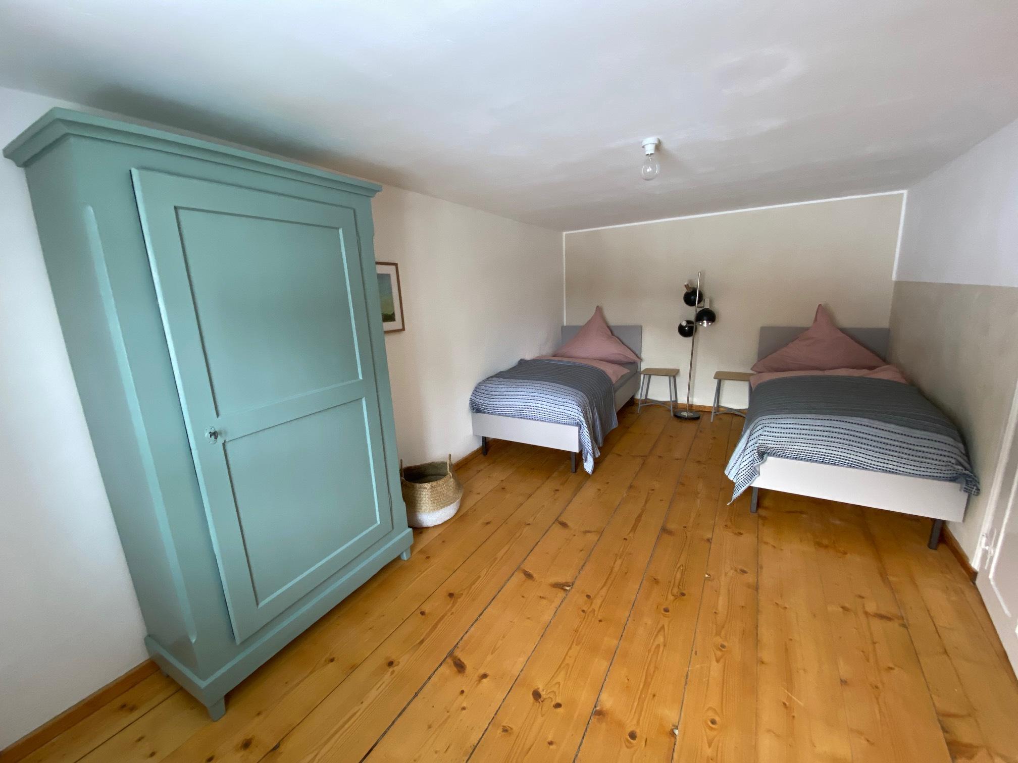 Zimmer mit zwei Einzelbetten 1. Stock Ferienhaus