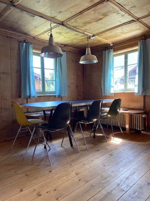 Ferienhaus Berwang Neunzehn Esstisch in Stube